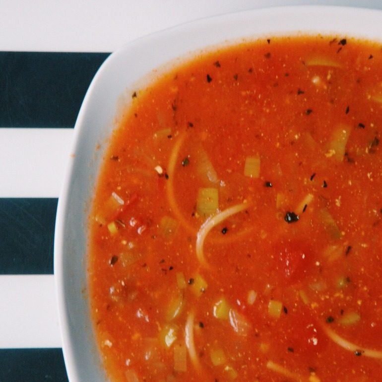 Tomato Soup full of memories || Recipe for my favorite italian soup. Click through to read more, or repin to save for later!
