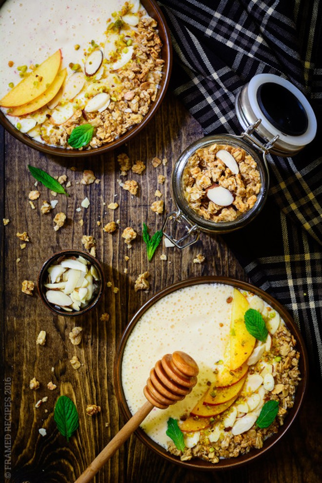How about trying this beautiful, Indian-inspired peach yoghurt breakfast bowl?