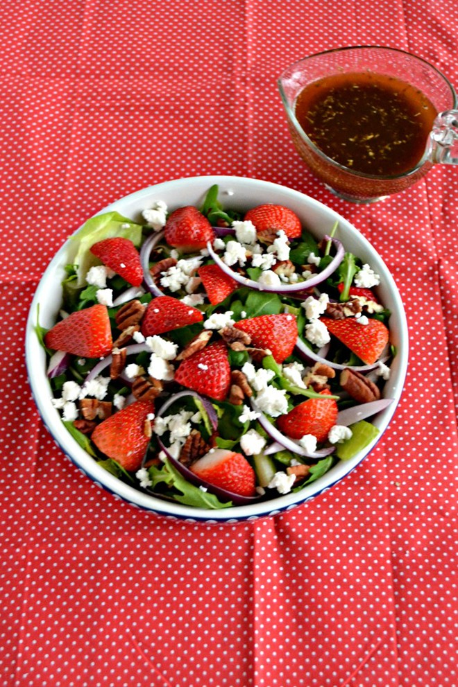 Oh it's been too long since I've strawberries! This strawberry pecan salad with honey balsamic vinaigrette looks amazing. - hezzi dsbooksandcooks.jpg