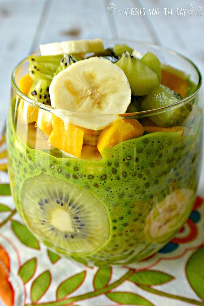 Or start the day with lots of fruit in this green chia pudding from veggiessavetheday